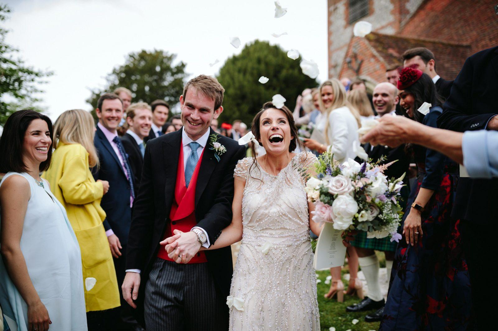 Rustic Hampshire Barn Wedding – Elly & Tom