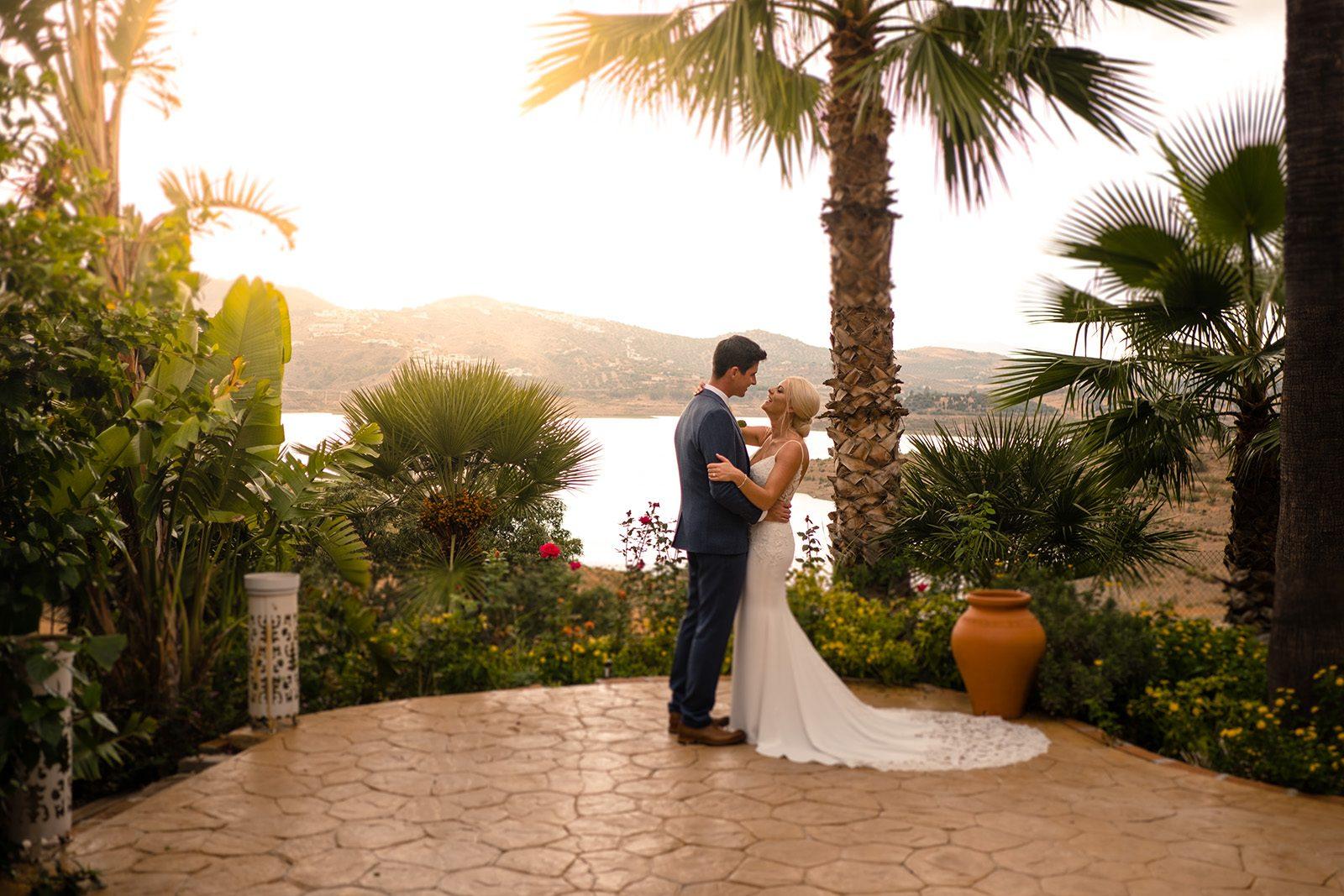 How to plan a destination wedding on a budget