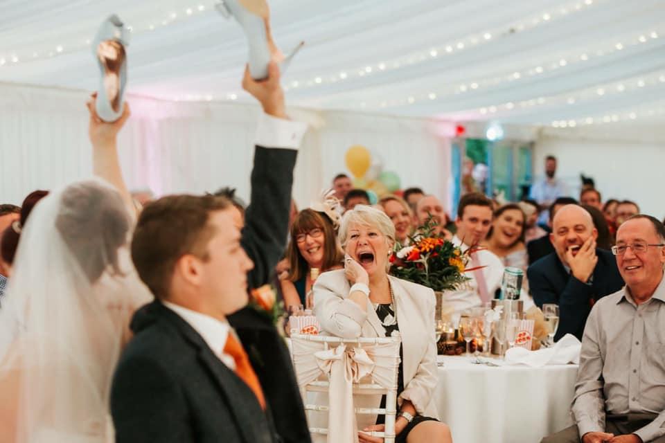 wedding entertainment ideas - Mr Mrs quiz