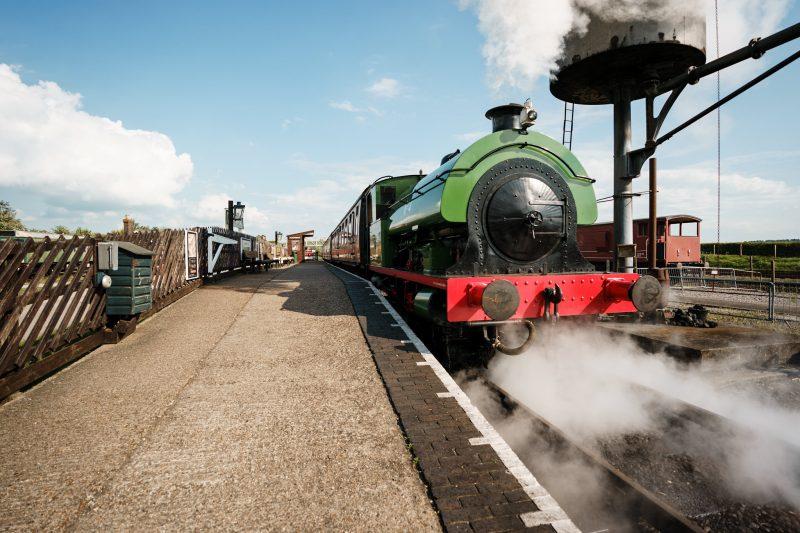 Steam-train-wedding