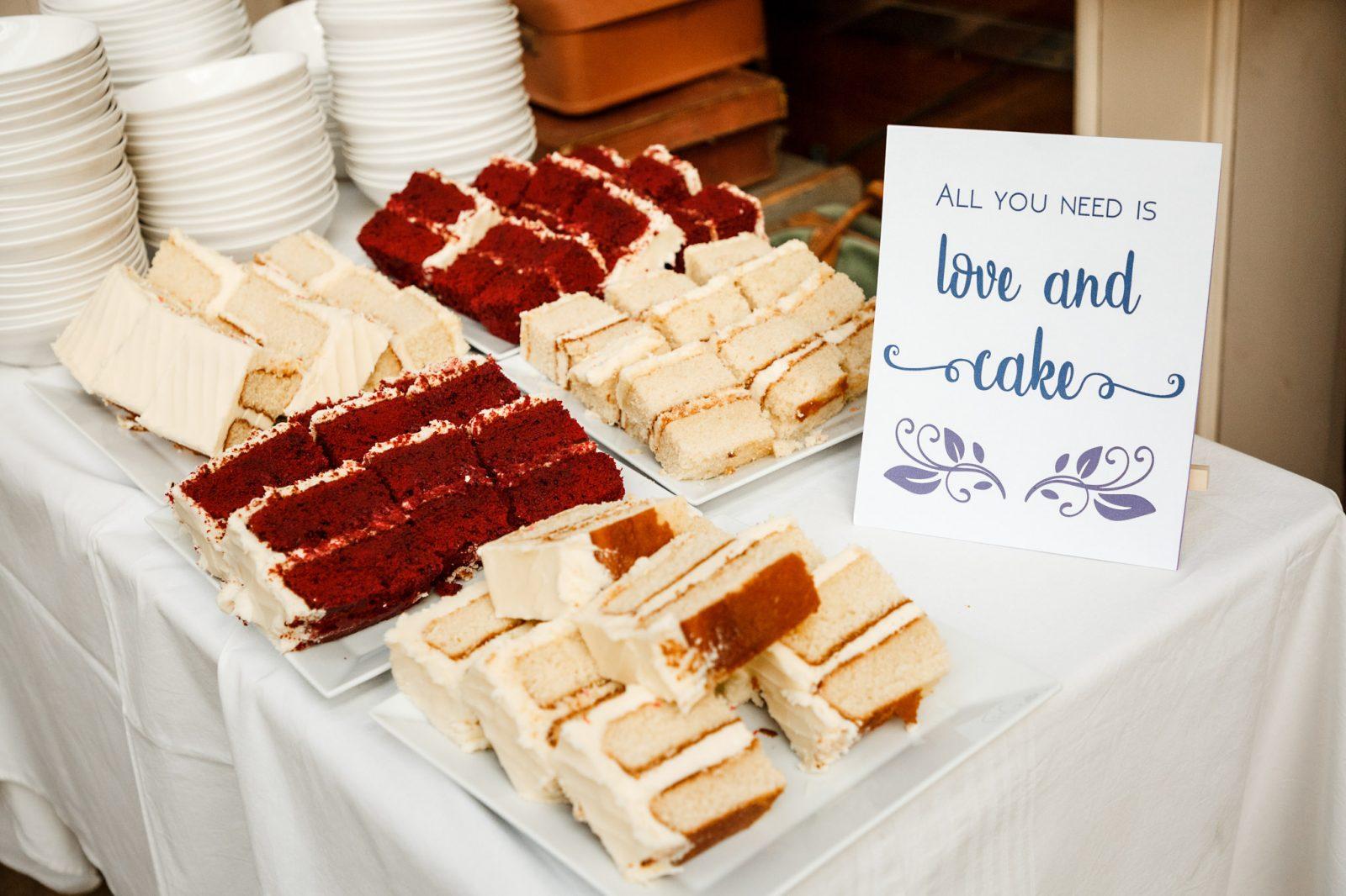 cake-slices-red-velvet-vanilla