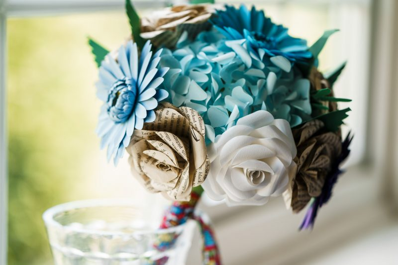 wedding-decoration-ideas-Paper-flower-bouquet-blue-cream-white