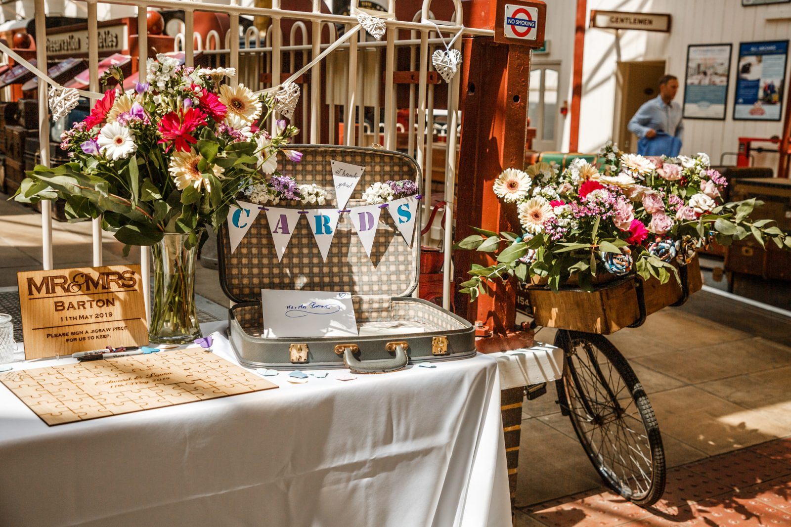 wedding-decoration-ideas-flower-bicycle
