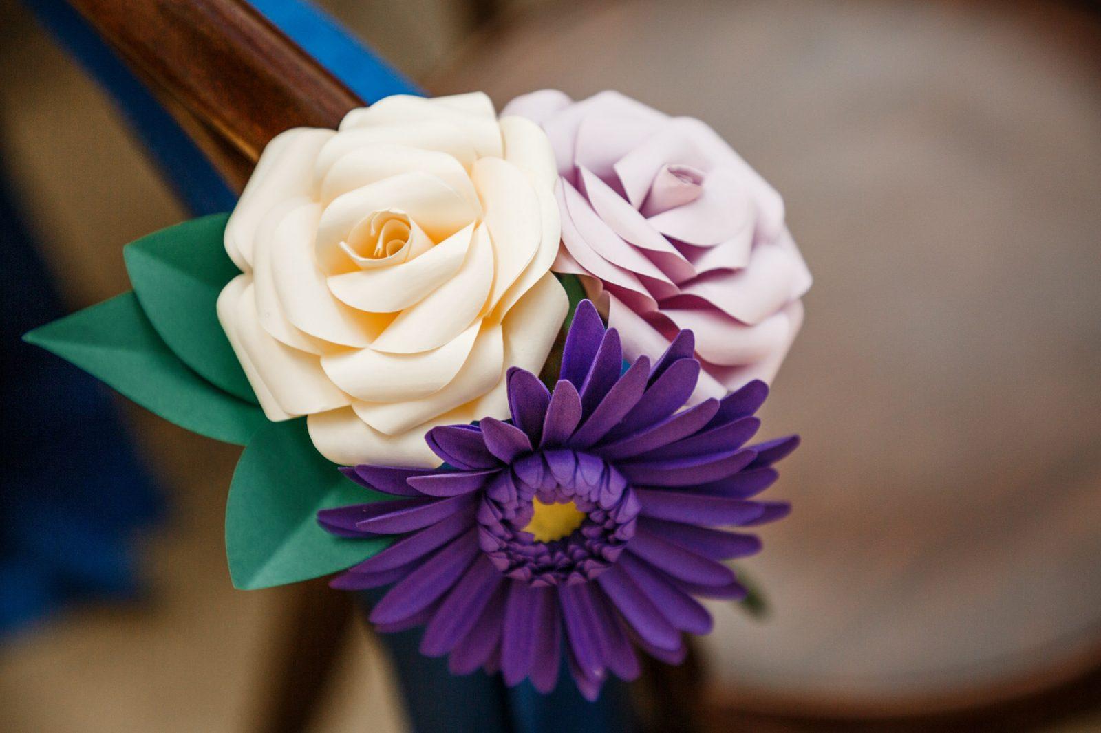 wedding-decoration-ideas-paper-flowers-purple-cream