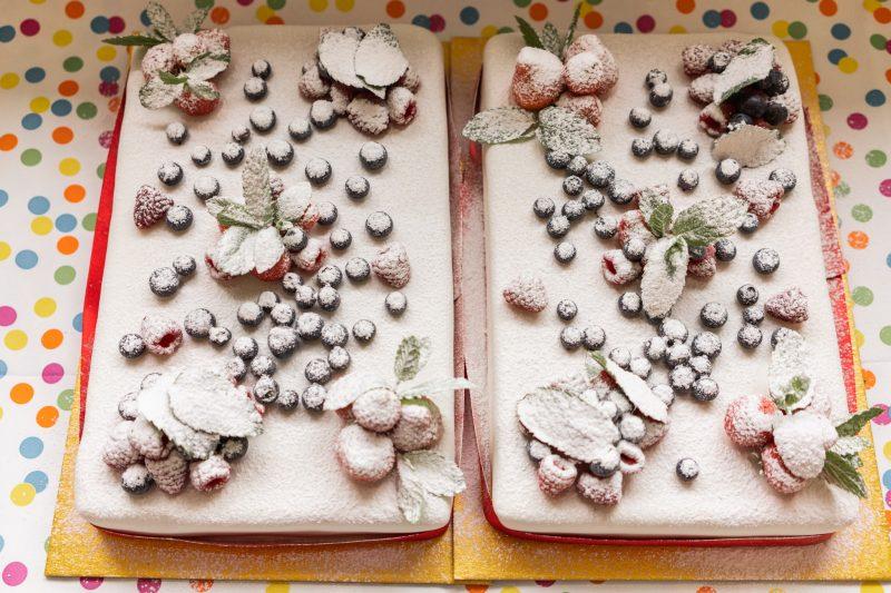 budget wedding ideas sheet cake with fresh berries