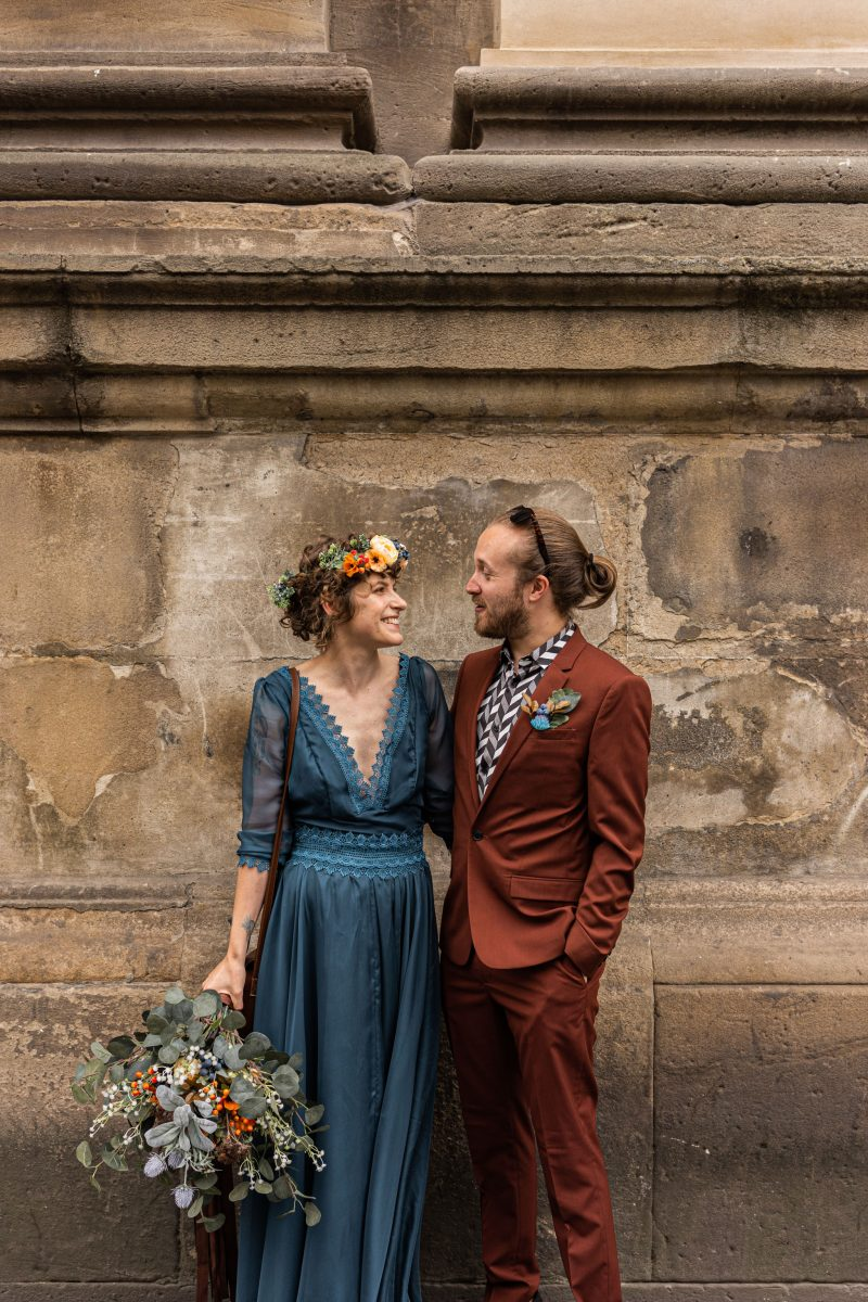 Alternative Wedding with a homemade dress – Hannah & Daryl