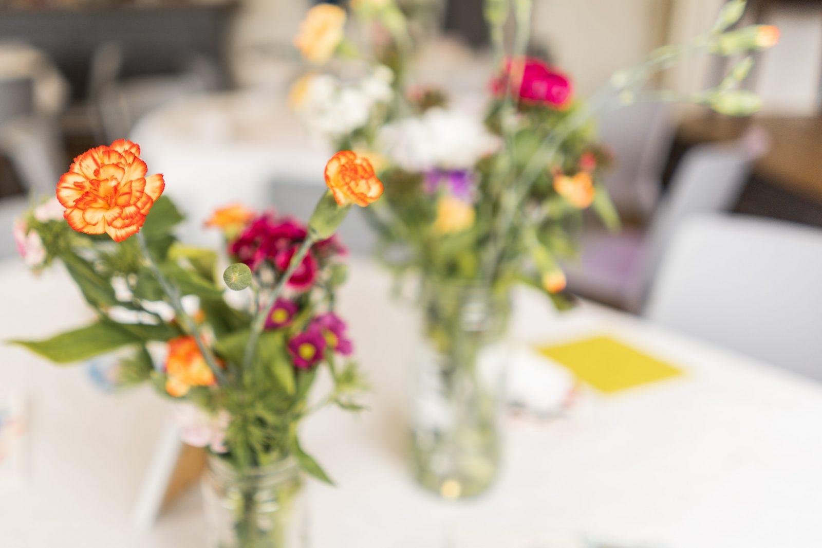 budget wedding ideas-flowers
