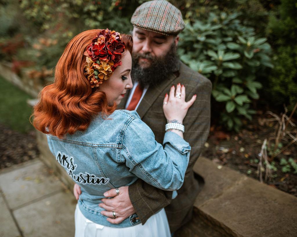 An Autumnal Wedding with a rockabilly bride