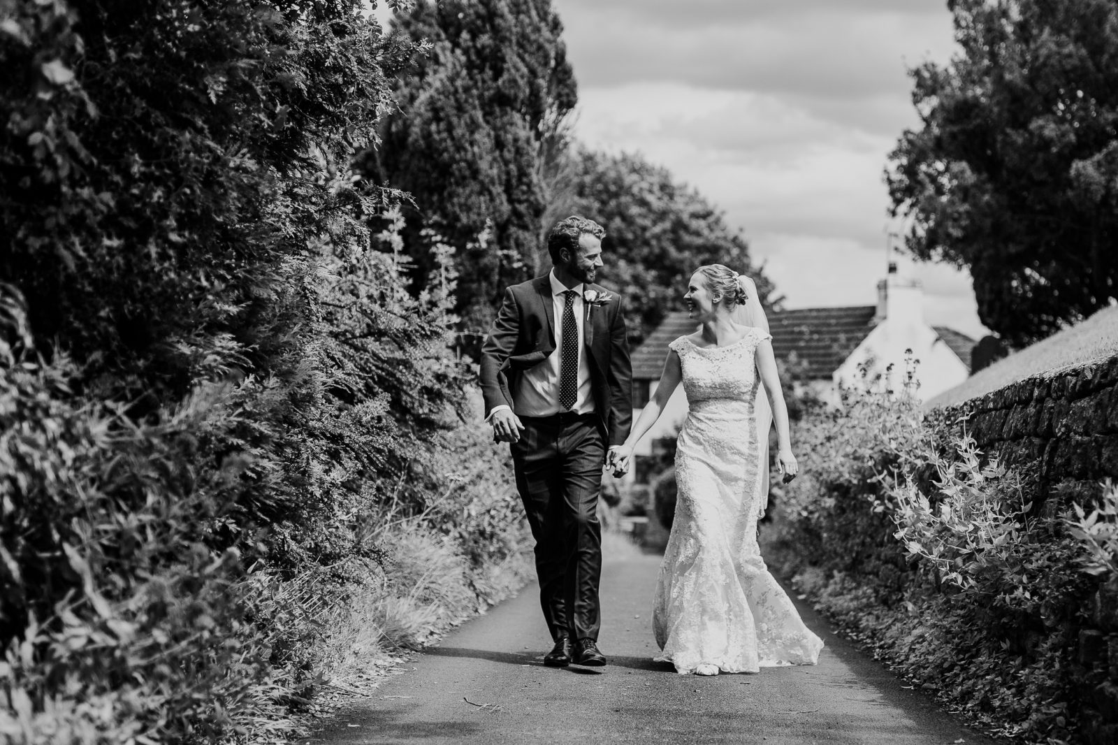 bride groom country lane