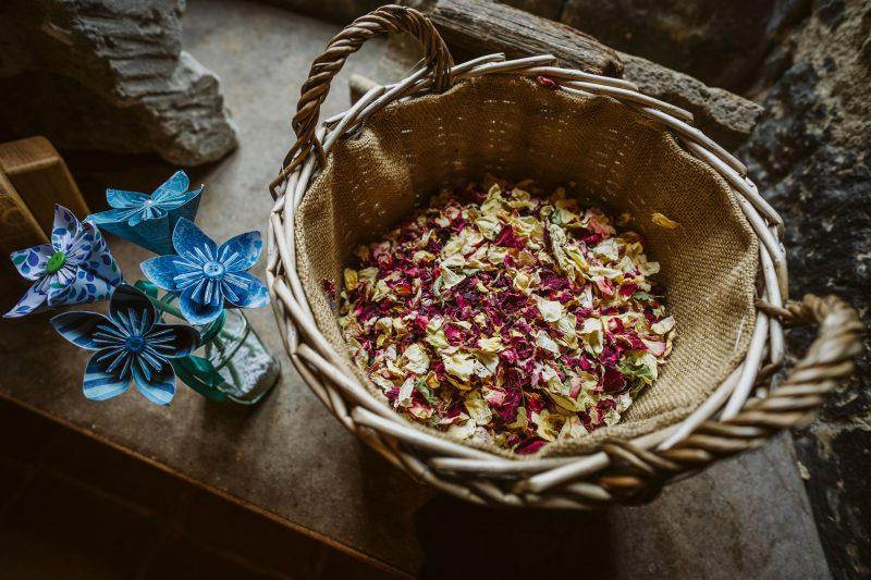 biodegradable confetti rose petals
