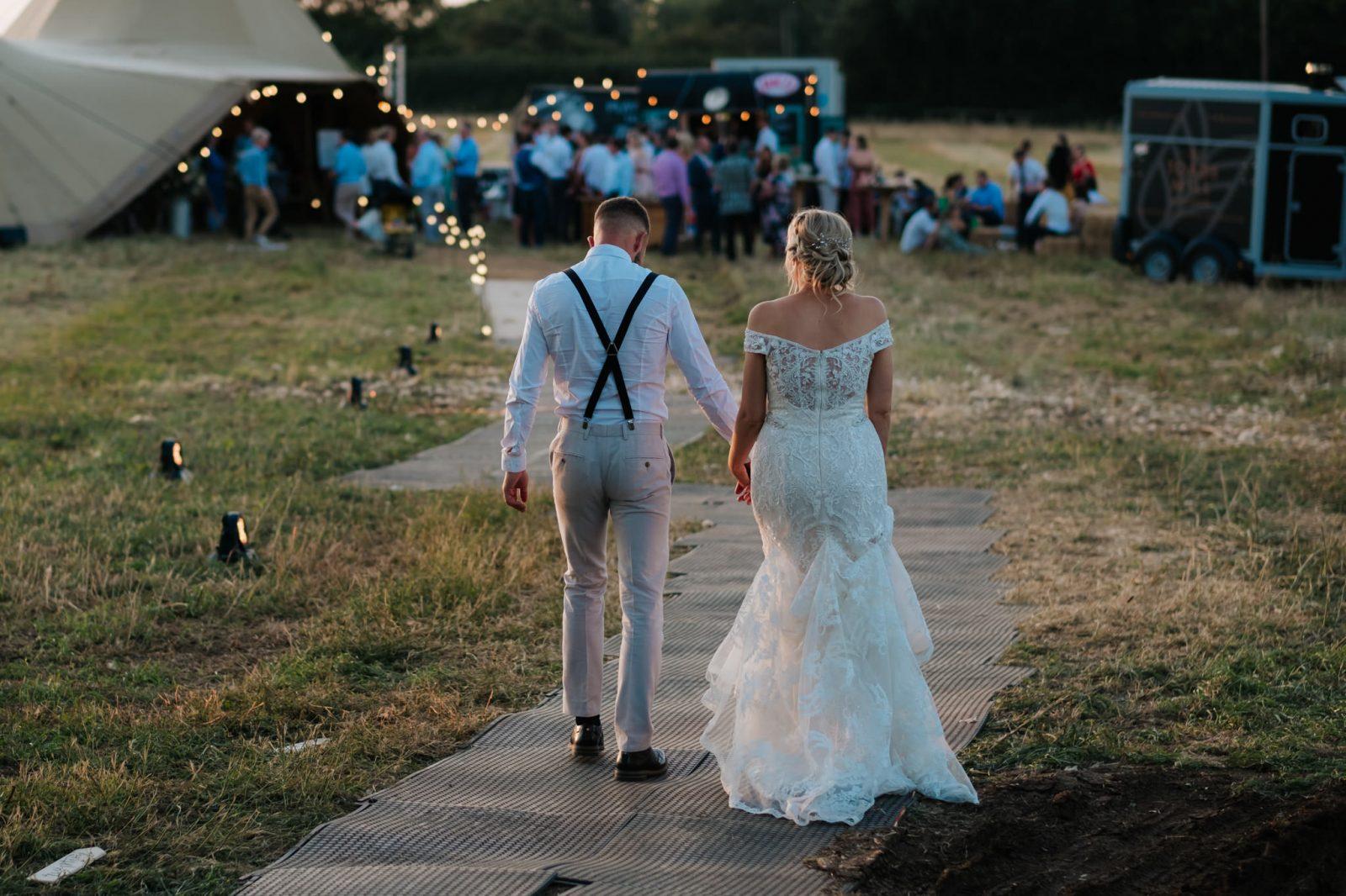 laid-back Shropshire tipi wedding