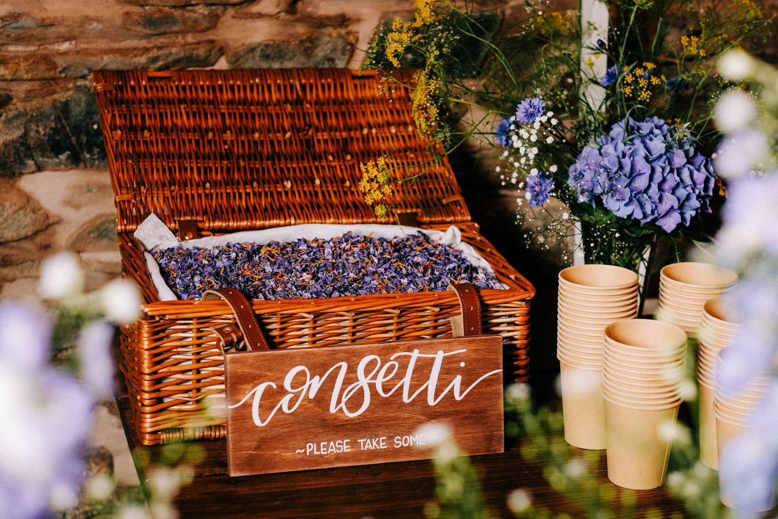 Confetti hamper wedding